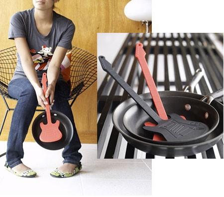 Гитарная кухонная лопатка