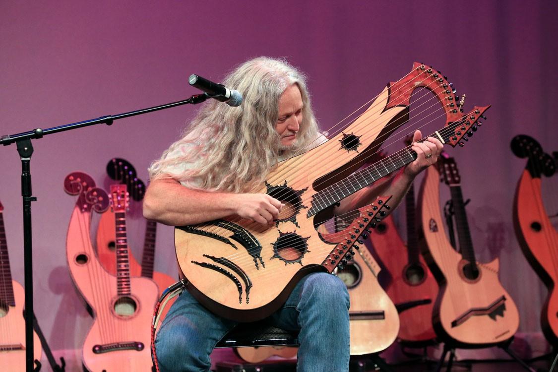 27-струнная гитара от Keith Medley