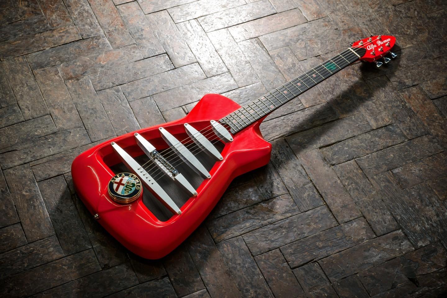 Гитара Alfa Romeo