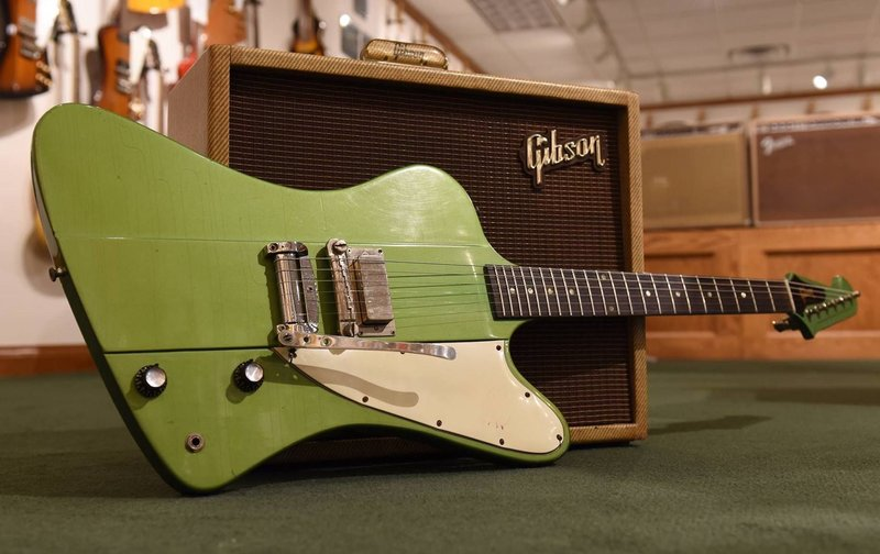 Гитара Gibson Firebird